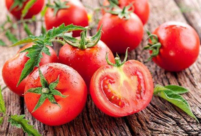 آشنایی با خواص و مضرات گوجه